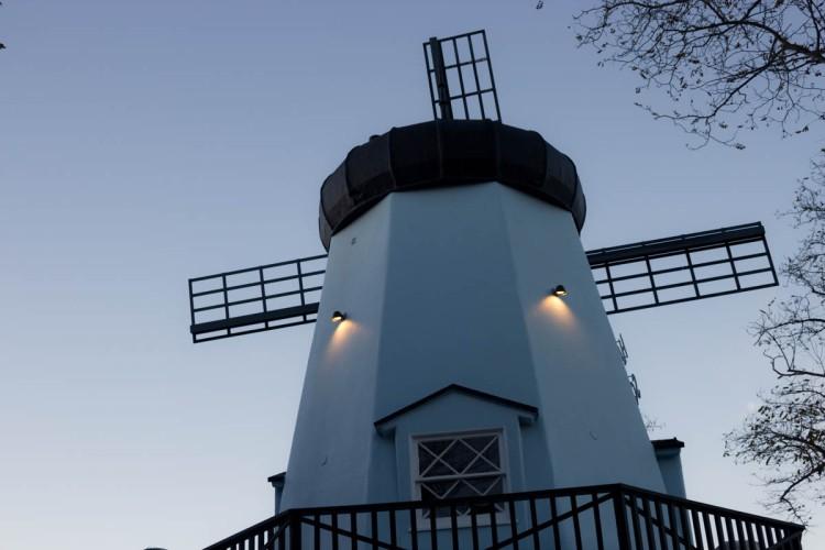 Solvang: Windmill